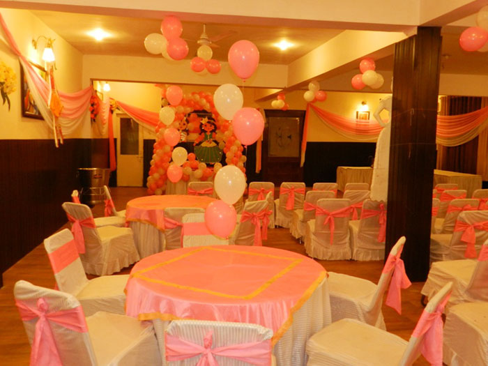 Welcome olives hotel in meerut for 1st birthday hall decoration ideas